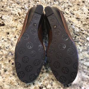 Tory Burch Shoes - Tory Burch wedge size 8m